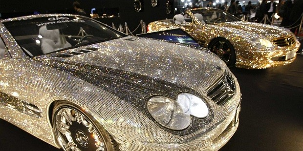 mercedes-benz-sl600-covered-with-swarovski-crystal-glass-2