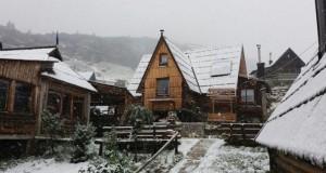 5ba8e0e0-f250-467a-871a-3f230a0a0a7e-snijeg-prokosko-jezero-2-700x402